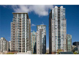 "Photo 9: 2604 977 MAINLAND Street in Vancouver: Yaletown Condo for sale in ""YALETOWN PARK  III"" (Vancouver West)  : MLS®# V1070991"
