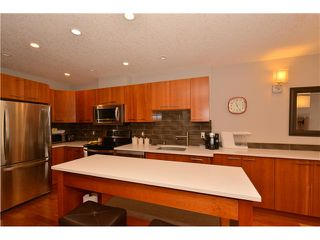 Photo 8: 102 24 MISSION Road SW in Calgary: Parkhill_Stanley Prk Condo for sale : MLS®# C3639070