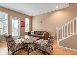 "Photo 2: 10 3711 ROBSON CRT Court in Richmond: Terra Nova Townhouse for sale in ""TENNYSON GARDENS"" : MLS®# V1098875"