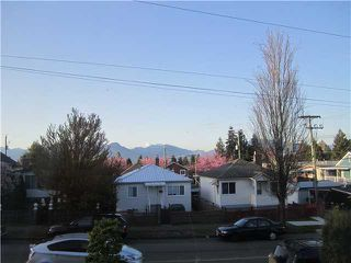 Photo 11: 2660 E 29TH Avenue in Vancouver: Collingwood VE House for sale (Vancouver East)  : MLS®# V1100437