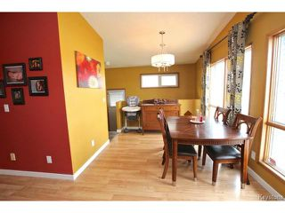 Photo 5: 220 Red River Boulevard in WINNIPEG: West Kildonan / Garden City Residential for sale (North West Winnipeg)  : MLS®# 1506279