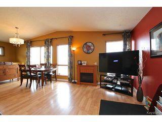 Photo 4: 220 Red River Boulevard in WINNIPEG: West Kildonan / Garden City Residential for sale (North West Winnipeg)  : MLS®# 1506279