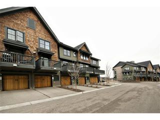 Photo 2: 312 ASCOT Circle SW in Calgary: Aspen Woods House for sale : MLS®# C4003191