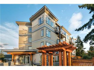 Photo 1: 403 7182 West Saanich Rd in BRENTWOOD BAY: CS Brentwood Bay Condo Apartment for sale (Central Saanich)  : MLS®# 703045