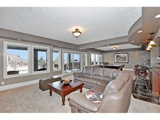 Photo 31: 18 DISCOVERY VISTA Point(e) SW in Calgary: Discovery Ridge House for sale : MLS®# C4018901