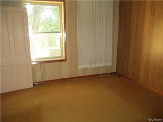Photo 4: 133 3rd Avenue Southeast in DAUPHIN: Manitoba Other Residential for sale : MLS®# 1522284