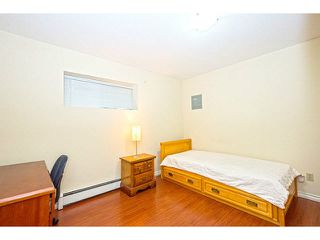 Photo 17: 7033 ST. GEORGE Street in Vancouver: South Vancouver House for sale (Vancouver East)  : MLS®# V1140548