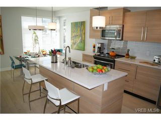 Photo 9: 402 1540 Belcher Ave in VICTORIA: Vi Jubilee Condo Apartment for sale (Victoria)  : MLS®# 711918