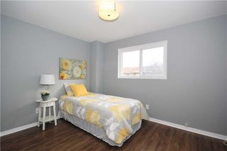 Photo 6: 539 Downland Drive in Pickering: West Shore House (2-Storey) for sale : MLS®# E3435078