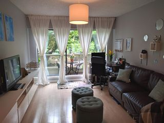 "Photo 2: 103 225 MOWAT Street in New Westminster: Uptown NW Condo for sale in ""THE WINDSOR"" : MLS®# R2070108"