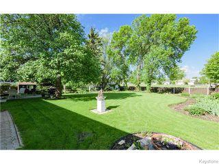 Photo 4: 680 Community Row in Winnipeg: Charleswood Residential for sale (South Winnipeg)  : MLS®# 1614494