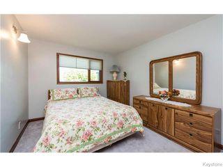 Photo 12: 680 Community Row in Winnipeg: Charleswood Residential for sale (South Winnipeg)  : MLS®# 1614494