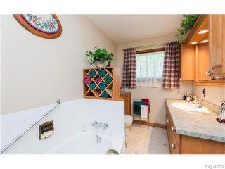 Photo 14: 680 Community Row in Winnipeg: Charleswood Residential for sale (South Winnipeg)  : MLS®# 1614494