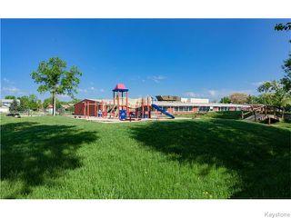 Photo 5: 680 Community Row in Winnipeg: Charleswood Residential for sale (South Winnipeg)  : MLS®# 1614494