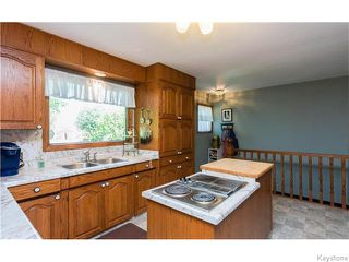 Photo 9: 680 Community Row in Winnipeg: Charleswood Residential for sale (South Winnipeg)  : MLS®# 1614494