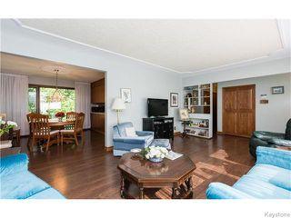 Photo 7: 680 Community Row in Winnipeg: Charleswood Residential for sale (South Winnipeg)  : MLS®# 1614494