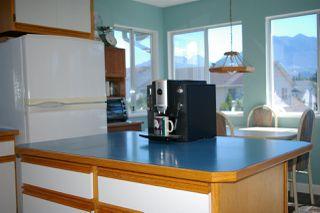 Photo 4: 5972 DEERFIELD Crescent in Chilliwack: Vedder S Watson-Promontory House for sale (Sardis)  : MLS®# R2076061