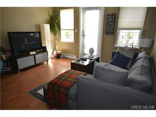 Photo 4: 110 842 Brock Ave in VICTORIA: La Langford Proper Row/Townhouse for sale (Langford)  : MLS®# 739527