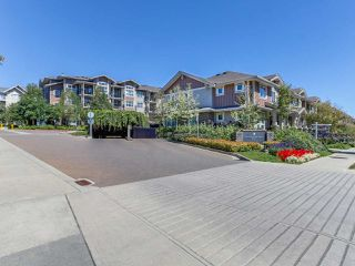 Photo 2: 106 5665 IRMIN Street in Burnaby: Metrotown Condo for sale (Burnaby South)  : MLS®# R2101253