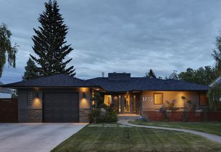 Photo 2: 1732 Suffolk Street SW in Calgary: House for sale : MLS®# C4022579