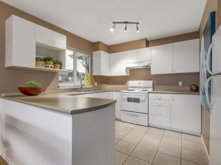 Photo 8: 1749 E 13TH Avenue in Vancouver: Grandview VE House 1/2 Duplex for sale (Vancouver East)  : MLS®# R2115872