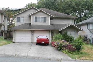 Photo 1: 8335 SHEAVES Road in Delta: Nordel House for sale (N. Delta)  : MLS®# R2128109