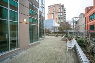 "Photo 16: 401 2483 SPRUCE Street in Vancouver: Fairview VW Condo for sale in ""Skyline"" (Vancouver West)  : MLS®# R2131999"