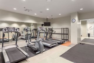 """Photo 18: 2207 233 ROBSON Street in Vancouver: Downtown VW Condo for sale in """"TV TOWER 2"""" (Vancouver West)  : MLS®# R2139702"""