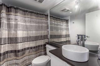 """Photo 9: 2207 233 ROBSON Street in Vancouver: Downtown VW Condo for sale in """"TV TOWER 2"""" (Vancouver West)  : MLS®# R2139702"""