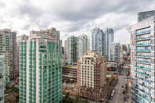 """Photo 15: 2207 233 ROBSON Street in Vancouver: Downtown VW Condo for sale in """"TV TOWER 2"""" (Vancouver West)  : MLS®# R2139702"""