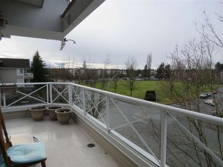 Photo 9: 302 5568 201A Street in Langley: Langley City Condo for sale : MLS®# R2140790