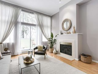 """Photo 2: 4 3586 RAINIER Place in Vancouver: Champlain Heights Townhouse for sale in """"THE SIERRA"""" (Vancouver East)  : MLS®# R2150720"""