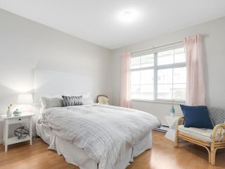 """Photo 14: 4 3586 RAINIER Place in Vancouver: Champlain Heights Townhouse for sale in """"THE SIERRA"""" (Vancouver East)  : MLS®# R2150720"""