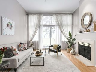 """Photo 1: 4 3586 RAINIER Place in Vancouver: Champlain Heights Townhouse for sale in """"THE SIERRA"""" (Vancouver East)  : MLS®# R2150720"""
