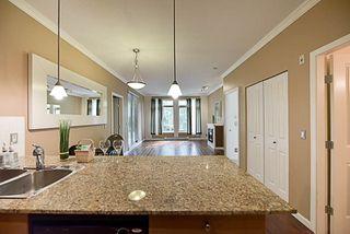 Photo 6: 116 10180 153 Street in Surrey: Guildford Condo for sale (North Surrey)  : MLS®# R2202234