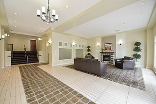 Photo 2: 116 10180 153 Street in Surrey: Guildford Condo for sale (North Surrey)  : MLS®# R2202234