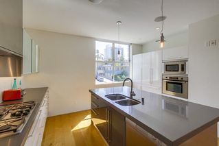 Photo 13: MISSION HILLS House for sale : 3 bedrooms : 2710 1st Ave in San Diego