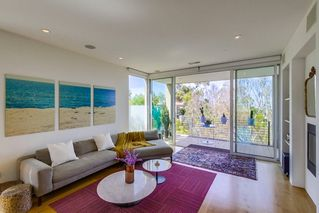 Photo 8: MISSION HILLS House for sale : 3 bedrooms : 2710 1st Ave in San Diego