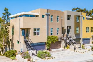 Photo 1: MISSION HILLS House for sale : 3 bedrooms : 2710 1st Ave in San Diego