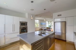 Photo 14: MISSION HILLS House for sale : 3 bedrooms : 2710 1st Ave in San Diego