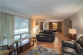 Photo 2: 400 Yale Avenue West in Winnipeg: West Transcona Residential for sale (3L)  : MLS®# 1725624