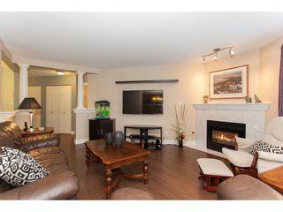 "Photo 4: 305 16085 83 Avenue in Surrey: Fleetwood Tynehead Condo for sale in ""Fairfield House"" : MLS®# R2220856"