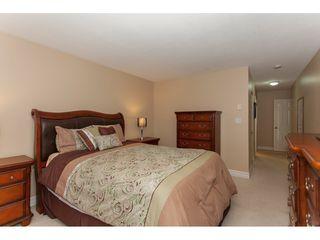 "Photo 11: 305 16085 83 Avenue in Surrey: Fleetwood Tynehead Condo for sale in ""Fairfield House"" : MLS®# R2220856"