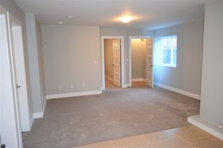 "Photo 2: 18441 59A Avenue in Surrey: Cloverdale BC House for sale in ""Cloverdale"" (Cloverdale)  : MLS®# R2228640"