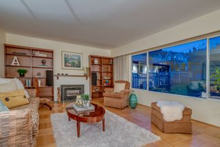 Photo 4: 3737 CALDER Avenue in North Vancouver: Upper Lonsdale House for sale : MLS®# R2233482