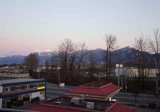 """Photo 12: 402 45567 YALE Road in Chilliwack: Chilliwack W Young-Well Condo for sale in """"VIBE"""" : MLS®# R2241638"""