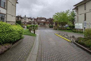 "Photo 19: 105 16469 64 Avenue in Surrey: Cloverdale BC Condo for sale in ""St. Andrews"" (Cloverdale)  : MLS®# R2262272"
