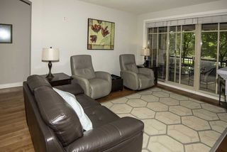 "Photo 3: 105 16469 64 Avenue in Surrey: Cloverdale BC Condo for sale in ""St. Andrews"" (Cloverdale)  : MLS®# R2262272"