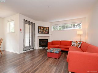 Photo 3: 105 1371 Hillside Avenue in VICTORIA: Vi Oaklands Condo Apartment for sale (Victoria)  : MLS®# 394269