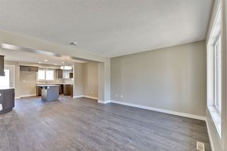 Photo 5: 1255 163 Street in Edmonton: Zone 56 Attached Home for sale : MLS®# E4120612